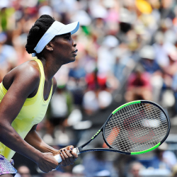 Luxilon Tennis AdStaff Player - Venus Williams